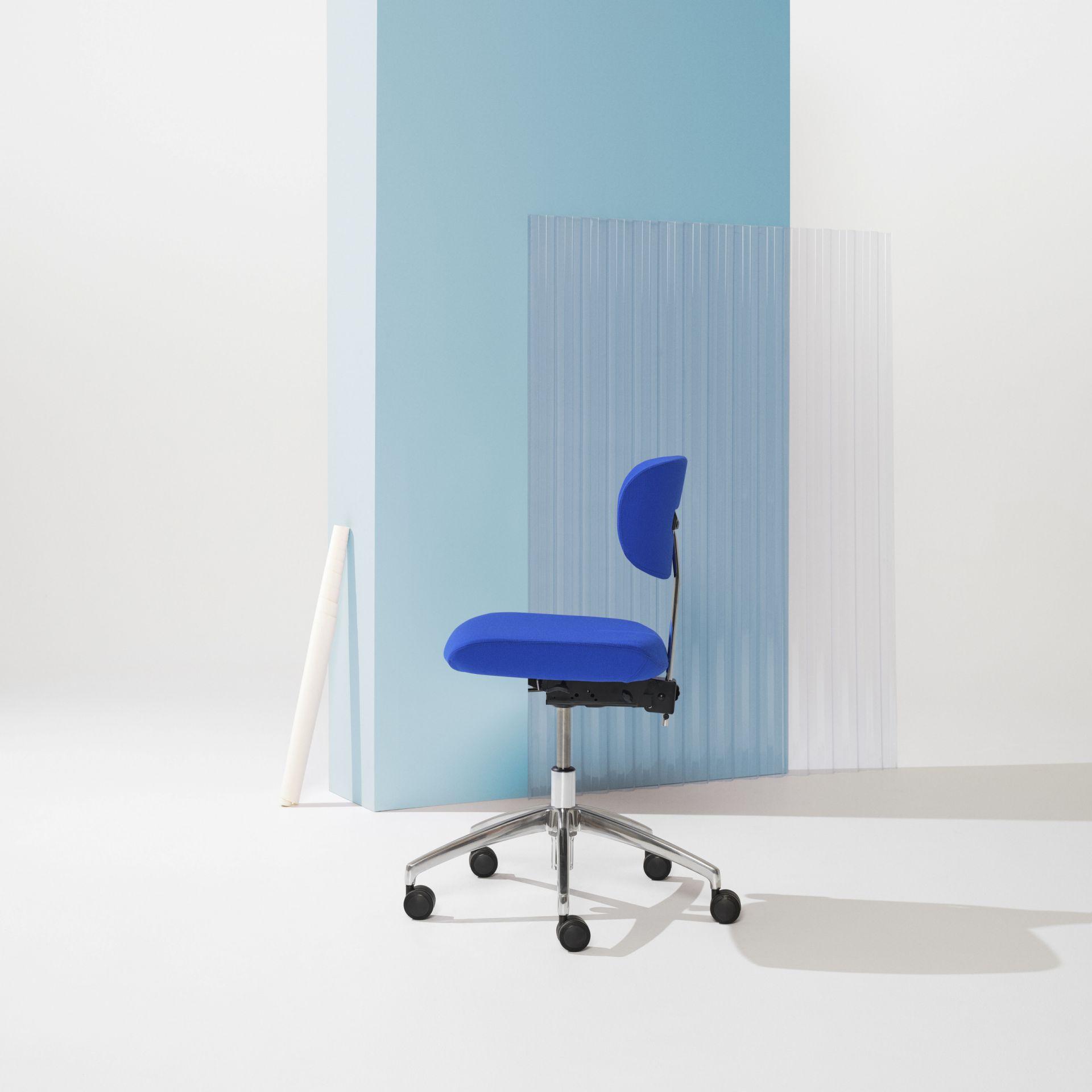 Savo Studio Studio mötesstol produktbild 2